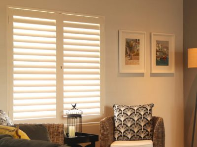 S-CRAFT-Aluminium-Shutters-Living-Room-5-Satin-White